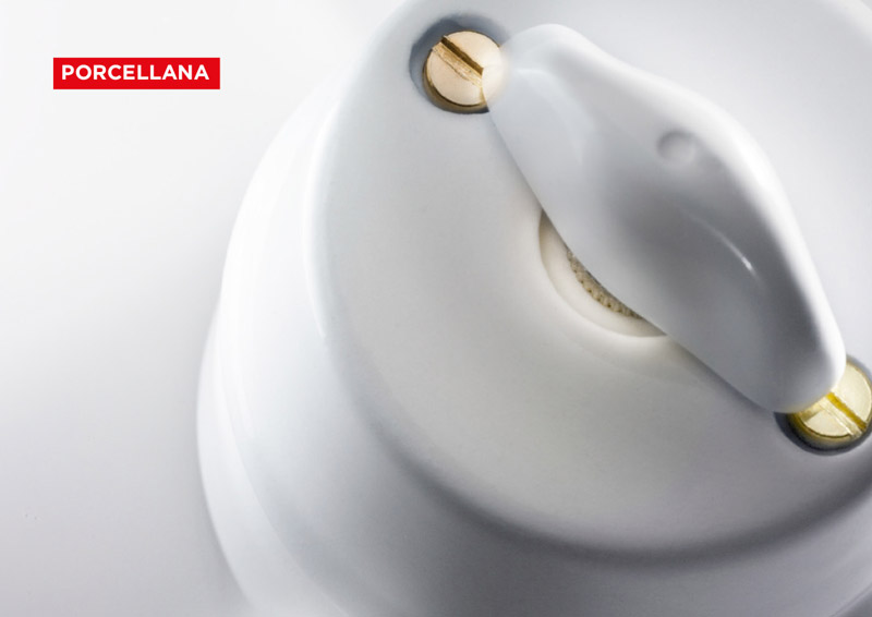 Ceraunavolta_impianti elettrici in porcellana